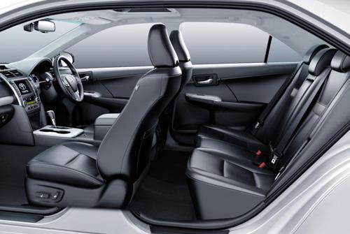 Toyota Camry Hybrid and Altise, Atara Seats